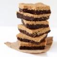 RAW Двухслойный десерт с арахисом